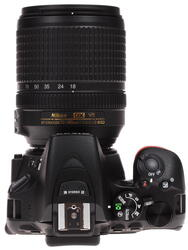 Зеркальная камера Nikon D5500 Kit 18-140mm VR черный