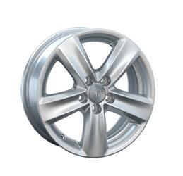 Автомобильный диск литой Replay VV82 6x15 5/100 ET 43 DIA 57,1 Sil