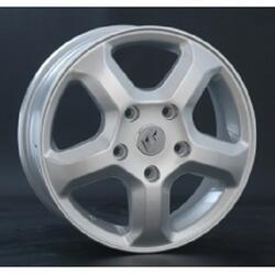 Автомобильный диск литой Replay RN35 6x15 5/108 ET 44 DIA 60,1 Sil
