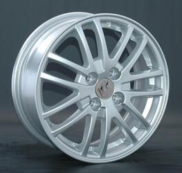 Автомобильный диск литой Replay RN3 6x15 4/100 ET 50 DIA 60,1 Sil