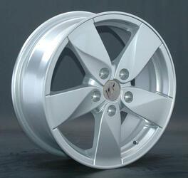 Автомобильный диск литой Replay RN45 6,5x15 5/100 ET 45 DIA 60,1 Sil