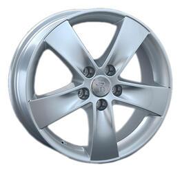 Автомобильный диск литой Replay Ki128 7x17 5/114,3 ET 48 DIA 67,1 Sil