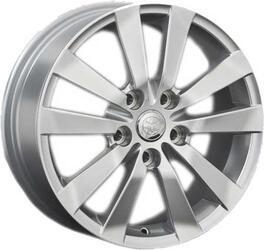Автомобильный диск литой Replay TY46 6x15 5/114,3 ET 39 DIA 60,1 Sil