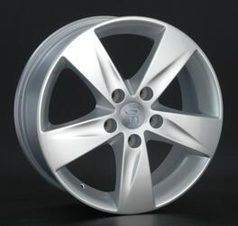 Автомобильный диск литой Replay RN93 6,5x16 5/112 ET 25 DIA 106,1 Sil