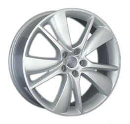 Автомобильный диск литой Replay FD81 8x20 5/114,3 ET 44 DIA 63,3 Sil