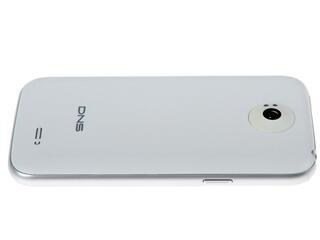 "4.5"" Смартфон DNS S4501M 4 Гб белый"
