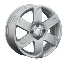 Автомобильный диск литой Replay RN143 5,5x15 4/100 ET 36 DIA 60,1 Sil