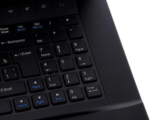 "17.3"" [Gamer] Ноутбук DNS (0133848) (FHD)"