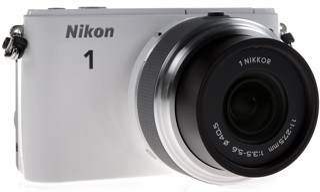 Камера со сменной оптикой Nikon 1 S1 Kit 11-27.5mm