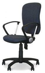 Кресло офисное ДЭФО Фокус GTP черный