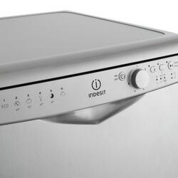 Посудомоечная машина Indesit DFG 26B1 NX EU серебристый