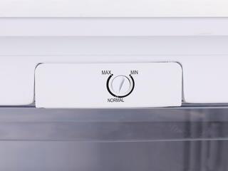 Морозильный шкаф Whirlpool WVT 503