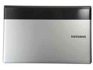 """15.6"""" Ноутбук Samsung NP300E5E-S05RU"""