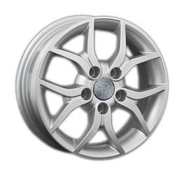 Автомобильный диск литой Replay SZ34 5,5x15 5/114,3 ET 50 DIA 60,1 Sil