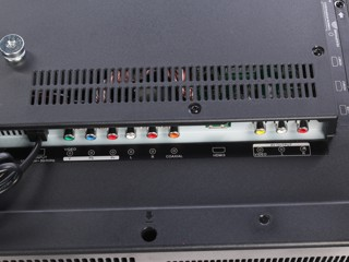 "40"" (101 см)  LED-телевизор JVC LT-40M440 черный"