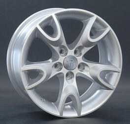 Автомобильный диск литой Replay SK27 6,5x15 5/114,3 ET 49 DIA 67,1 Sil