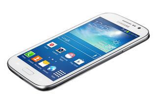 """5"""" Смартфон Samsung GT-i9060 Galaxy Grand Neo 8 Гб белый"""