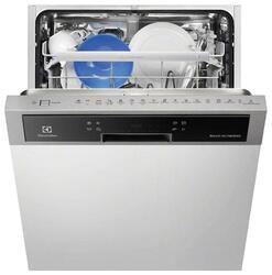 Встраиваемая посудомоечная машина Electrolux ESI6700RAX