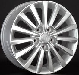 Автомобильный диск литой Replay RN120 6,5x16 5/114,3 ET 47 DIA 66,1 Sil