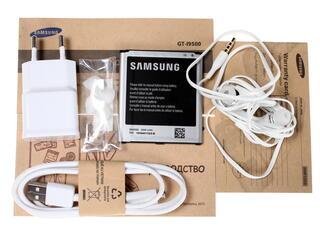 """5"""" Смартфон Samsung GT-I9500 Galaxy S4 16 Гб белый"""