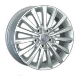 Автомобильный диск литой Replay Ki124 6,5x16 5/114,3 ET 41 DIA 67,1 Sil