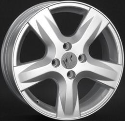 Автомобильный диск литой Replay RN102 6x15 4/100 ET 50 DIA 60,1 Sil