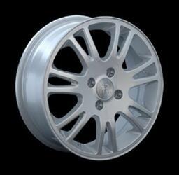 Автомобильный диск литой Replay RN47 6x15 5/114,3 ET 45 DIA 66,1 Sil