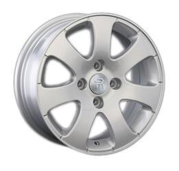 Автомобильный диск литой Replay PG3 6x15 4/130 ET 43 DIA 84,1 Sil