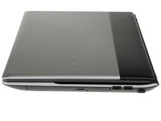 "15.6"" Ноутбук Samsung NP300E5A-A0ERU (HD)/Silver"
