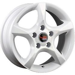 Автомобильный диск Литой LegeArtis RN48 6,5x15 5/114,3 ET 43 DIA 66,1 White