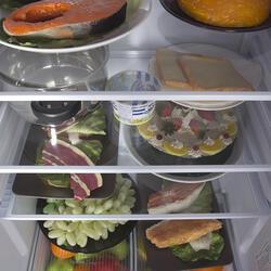 Холодильник с морозильником Indesit ST 14510 белый