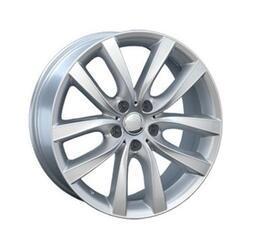 Автомобильный диск Литой Replay B114 9,5x19 5/120 ET 39 DIA 72,6 Sil
