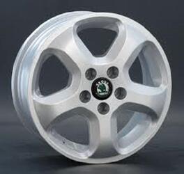 Автомобильный диск литой Replay SK9 6x15 5/100 ET 43 DIA 57,1 Sil