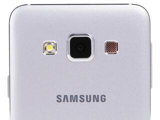 "4.5"" Смартфон Samsung SM-A300F Galaxy A3 16 Гб серебристый"