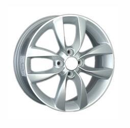 Автомобильный диск литой LegeArtis HND122 6x15 4/100 ET 48 DIA 54,1 Sil