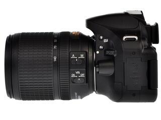 Зеркальная камера Nikon D5200 Kit 18-140mm VR черный