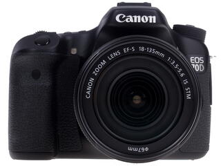 Зеркальная камера Canon EOS 70D Kit 18-135mm IS STM черный