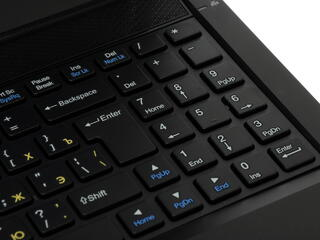 "15.6"" [Extreme] Ноутбук DNS (0134360) (FHD)"