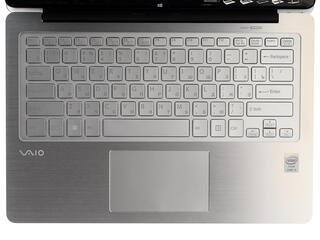 """13.3"""" Ноутбук Sony VAIO SVF13N2X2RS"""