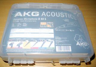 Микрофон AKG D44S