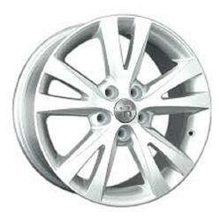 Автомобильный диск литой Replay TY183 7x17 5/114,3 ET 39 DIA 60,1 Sil