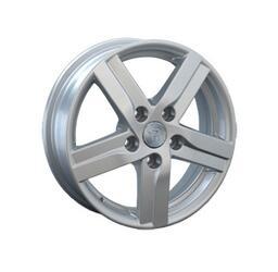 Автомобильный диск Литой Replay HND54 5,5x15 5/114,3 ET 47 DIA 67,1 Sil