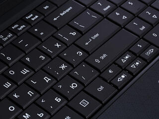"17.3"" Ноутбук Acer Aspire E1-772G-54204G1TMnsk"