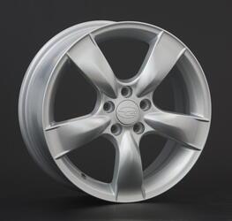 Автомобильный диск литой Replay SB8 6,5x16 5/108 ET 25 DIA 106,1 Sil