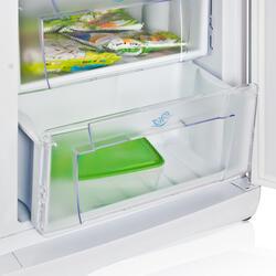 Холодильник с морозильником Indesit SB 200 белый