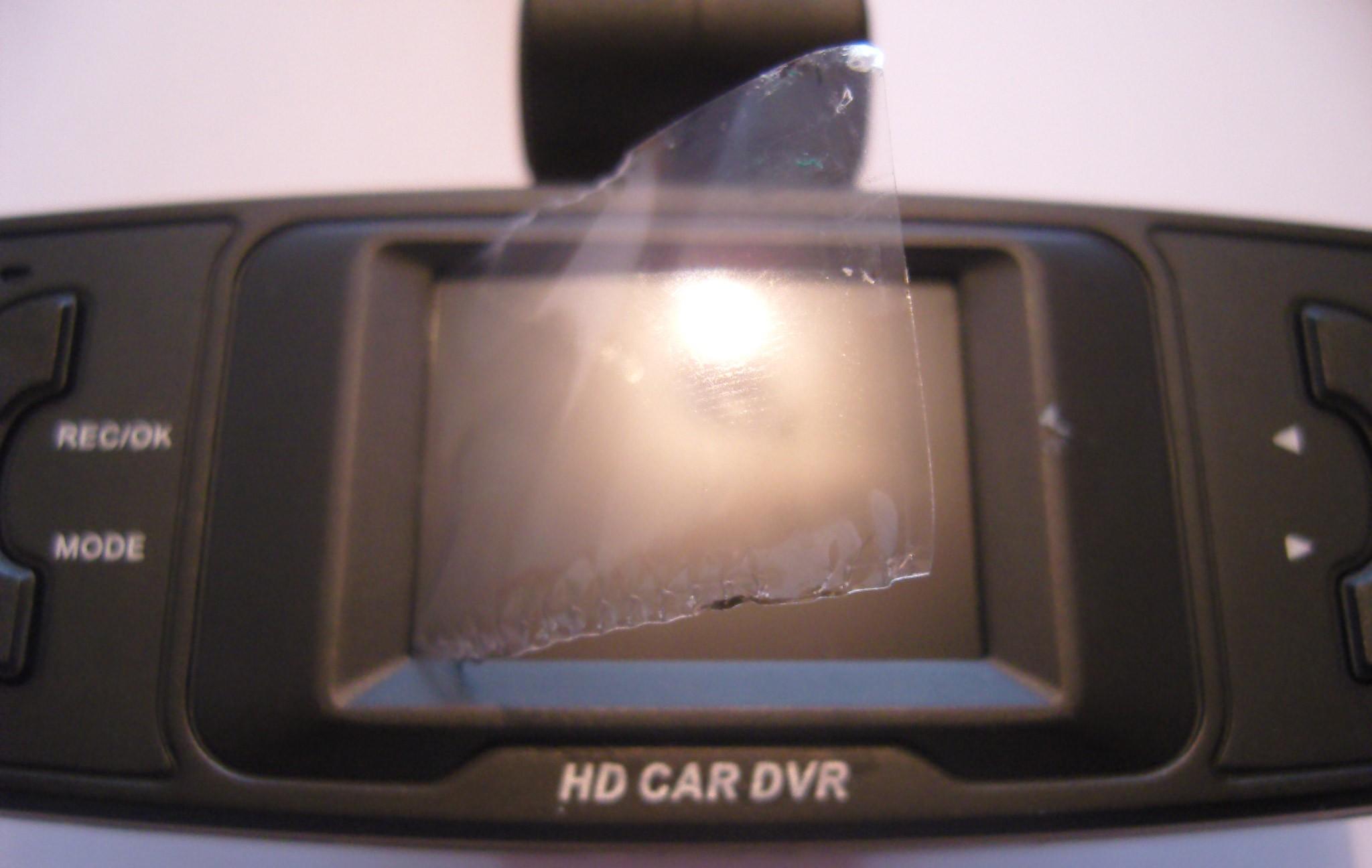 Как быстро, рационально и правильно прикрепить видеорегистратор в машине