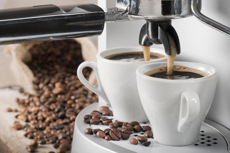 Помповая рожковая кофеварка