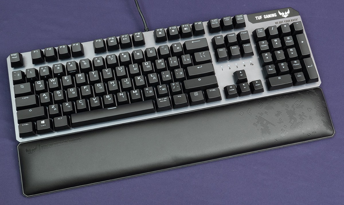 Periferiya - So skorostyu sveta: obzor igrovoy klaviatury ASUS TUF Gaming K7 s optiko-mehanicheskimi svitcherami