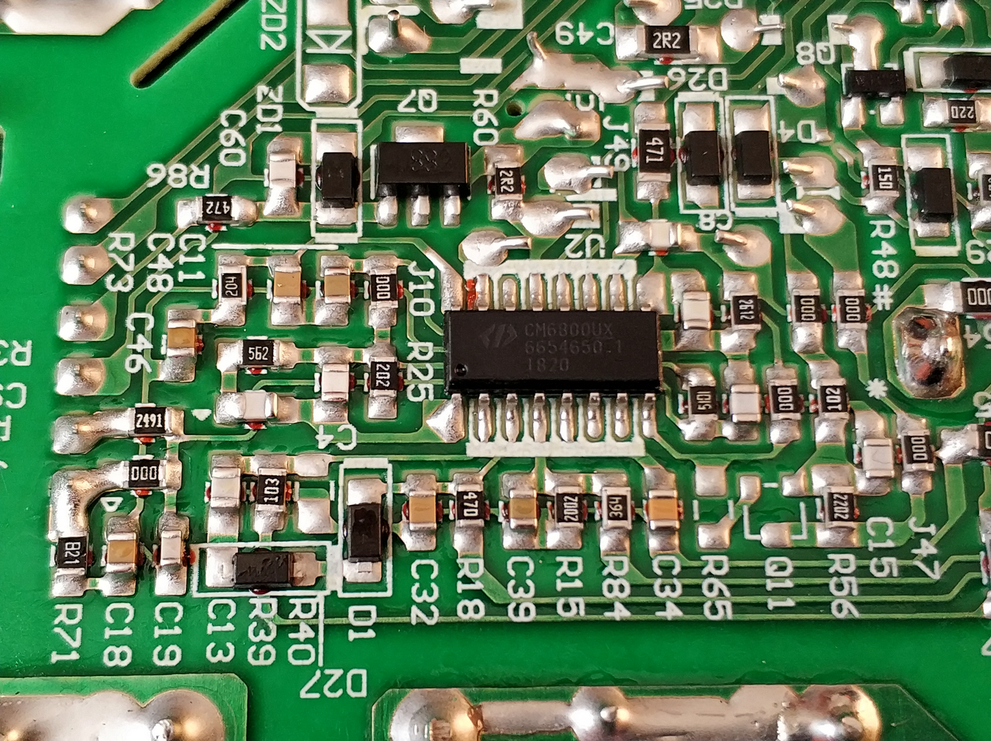 Kompyutery i komplektuyushcie - Obzor bloka pitaniya Thermaltake Smart BX1 550W