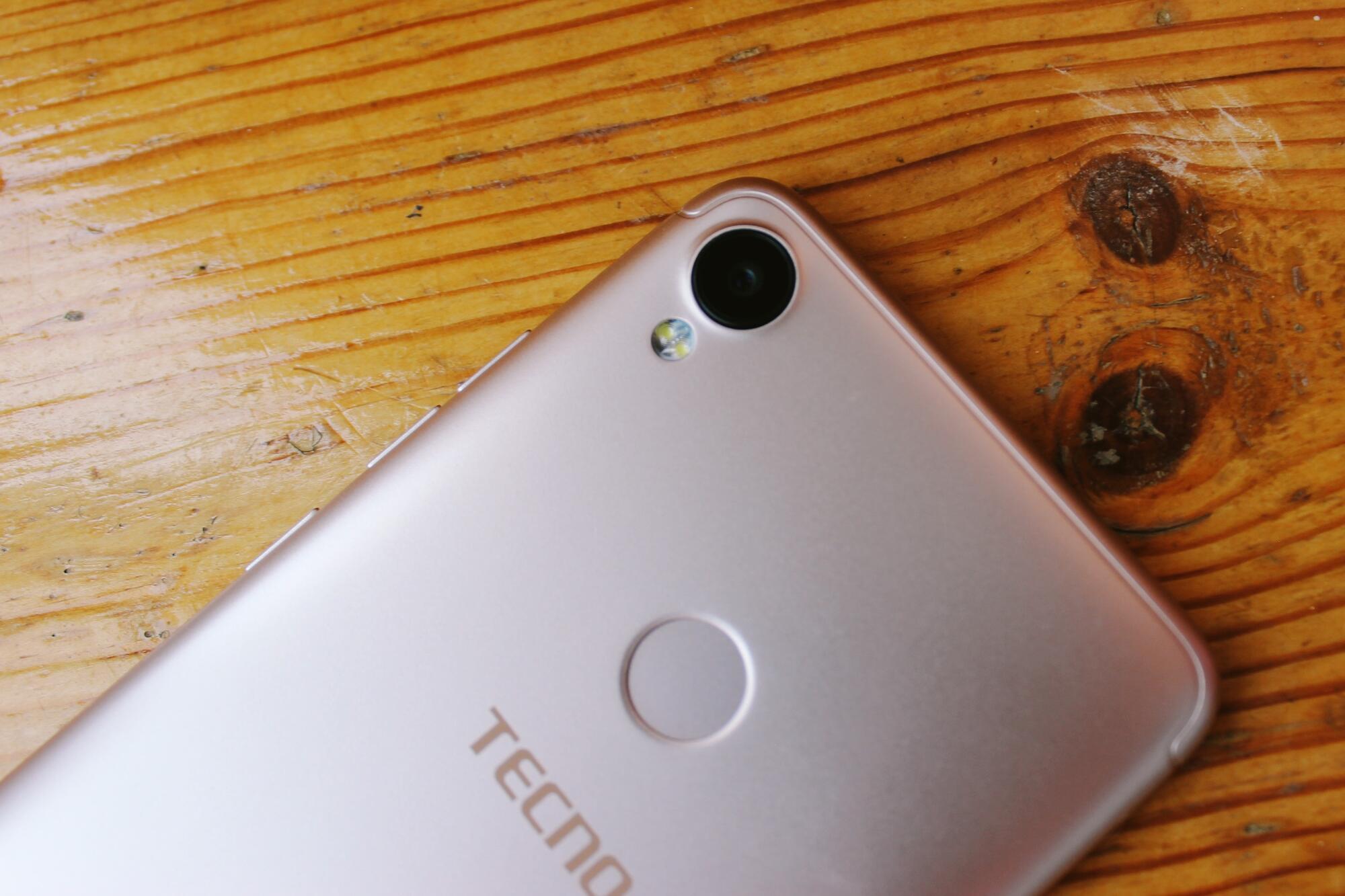 Smartfony i aksessuary - Yarkiy smartfon TECNO POP 1S Pro